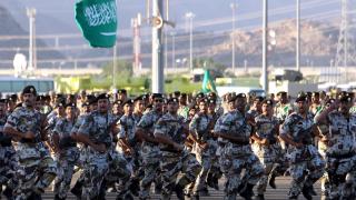Саудитска Арабия домакин на най-големите военни учения в региона в историята