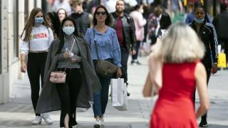 Обединеното кралство затяга мерките срещу COVID-19 на север
