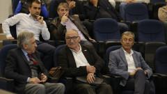 Димитър Пенев в типичен стил: Левски би с половин гол