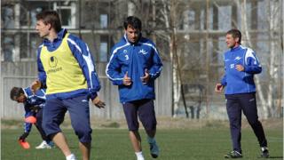 Живко Миланов тренира извънредно