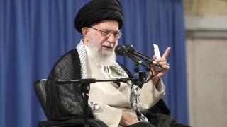 Иран обвинява САЩ в унищожаване на палестинската идентичност