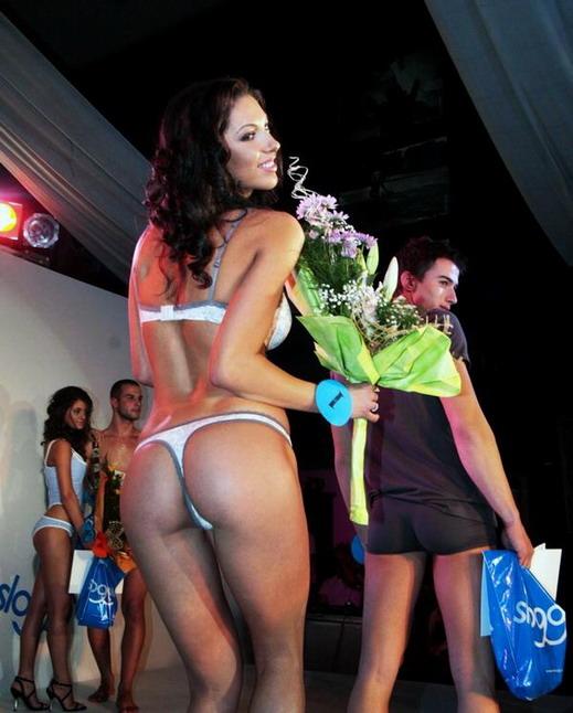 Мис секси дупе 2008