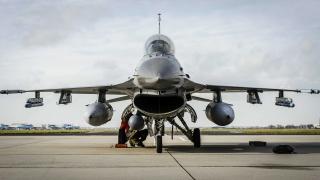 САЩ спира да зарежда саудитски коалиционни самолети в Йеменската война