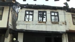 Три къщи изгоряха в центъра на Габрово