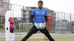 Левски гласи Николай Кръстев за титуляр срещу ЦСКА