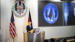 Шефът на Пентагона обвини Путин, че прави международни бели