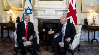 Джонсън и Нетаняху съгласни, че Иран е заплаха