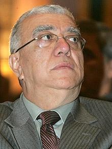 Погребват убития ливански депутат