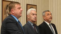 Патриотите преговарят да се явят ли заедно на евровота; Каракачанов: Получихме мандат за преговори, не да купуваме самолети