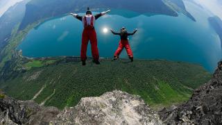 Българин ще участва в първото световно първенство по BASE jumping в Норвегия