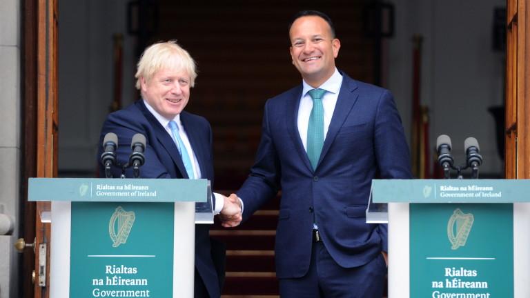 Премиерът на Великобритания Борис Джонсън обяви, че остава