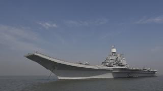 Индия плаши Пакистан с въоръжена с ракети ядрена подводница