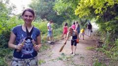 """Доброволци продължават почистването на парк """"Бедечка"""""""