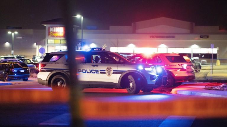 Десетки ранени и избити при поредна стрелба в САЩ