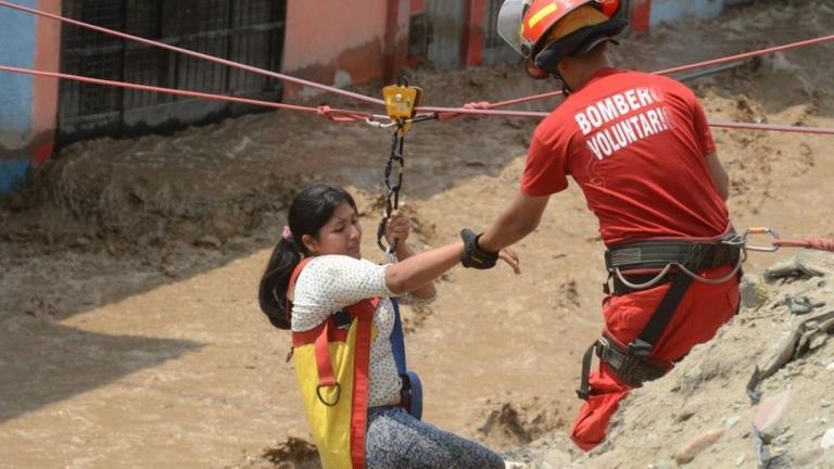 Наводненията в Перу взеха над 70 жертви