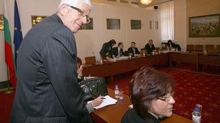 Р. Овчаров: Уволнението в НЕК е закъсняло
