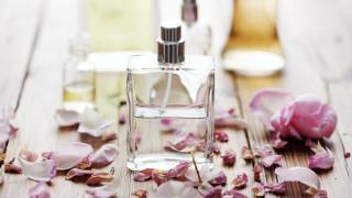 Не съхранявайте парфюм в банята