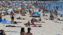 Бум на българите по Черноморието - уикенд туризмът е популярен това лято, но няма да спаси сезона