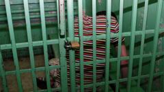 Трима от самоковските побойници остават за 72 часа в ареста