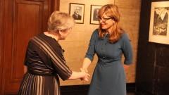 Екатерина Захариева: Твърдо сме в НАТО