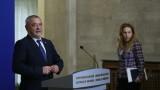 Валери Симеонов не вижда защо да подава оставка