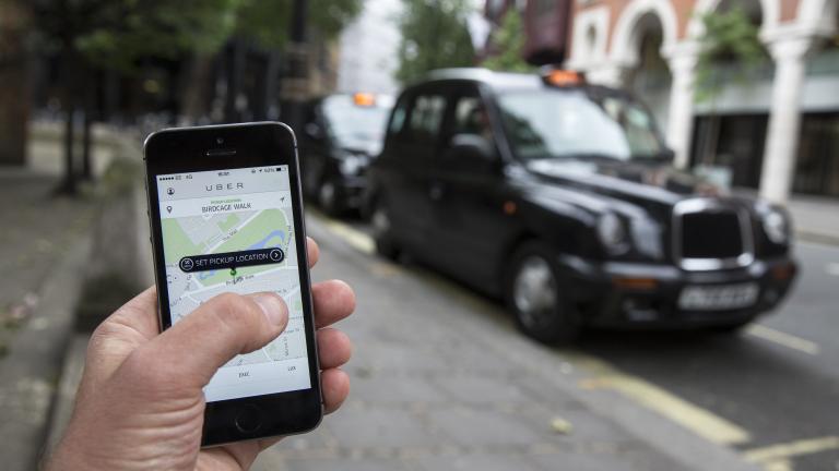 Има ли Uber тайна система, с която избягва поръчки от държавни служители?