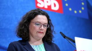 Шефката на германските социалдемократи все пак подаде оставка