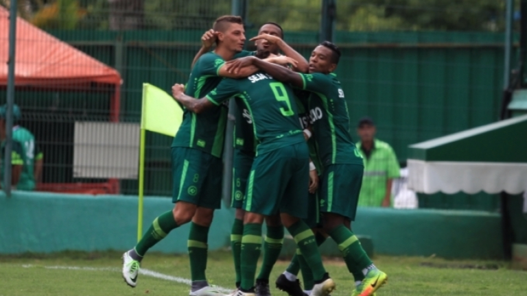 Бразилските здравни власти отложиха мач от шампионата на щата Санта