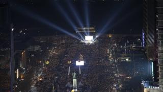Половин милион южнокорейци зоват президента да подаде оставка