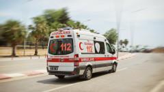 Един загинал и 26 ранени при автобусна катастрофа в Турция