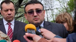Маринов иска време и спокойствие, докато открият Стоян Зайков