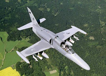 Чехия близо до продажба на бойни самолети на САЩ