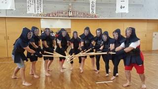 """Японските домакини на националките по борба запознаха """"лъвиците"""" ни с древно бойно изкуство"""