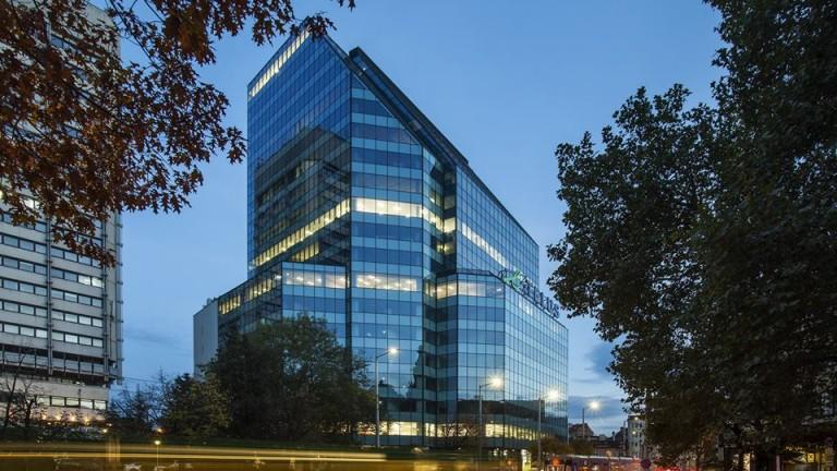 Снимка: Софийската TELUS Tower има нов собственик след сделка за 78 милиона евро