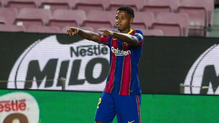 Финансовата криза в Барселона накара клуба отново да се обърне