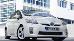 Toyota отново изтегля автомобили