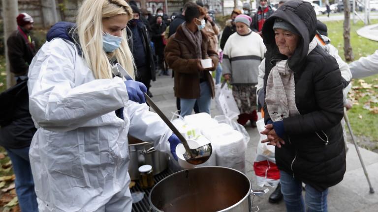 Либералите в Румъния фаворити преди парламентарните избори