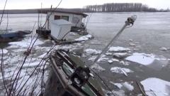 Ледът разруши съоръжения по Дунав