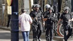 Испанската полиция издирва поне един нападател