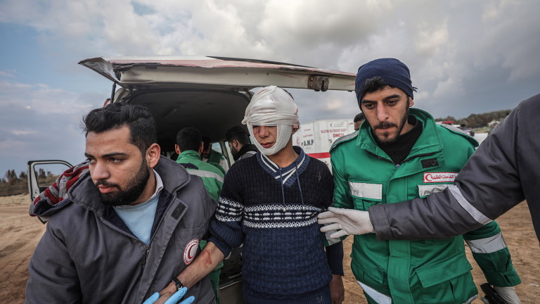 Палестински демонстранти са били убити или ранени при пореден многохиляден