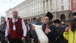 Борисов стана гарант за българската история в учебниците