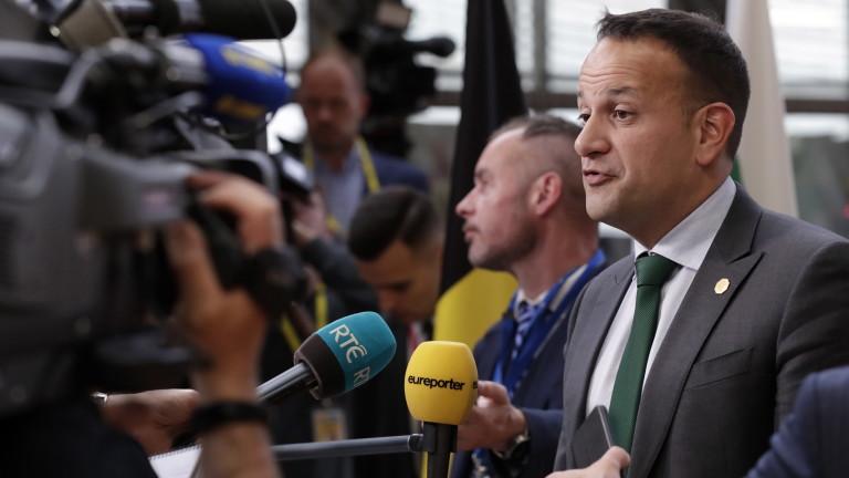 Ирландският премиер Лео Варадкар предупреди Великобритания, че промяната в ръководството