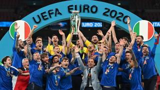 """Футболно величие за Италия! """"Адзурите"""" отнеха мечтата на Англия и ликуват с трофея от Евро 2020"""