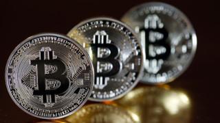 След достигнатите рекорди bitcoin се отправя към втора седмица на спад