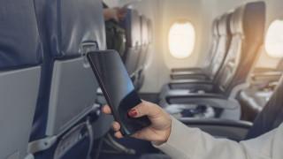 Истинската причина телефоните да са забранени по време на полет