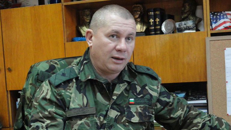 Ген. Димитър Шивиков призова за мълчалив протест на парашутисти във Войводиново
