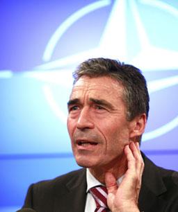 Расмусен даде надежди на Грузия за НАТО