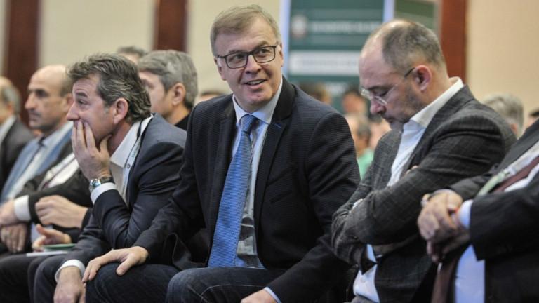 Наско Сираков се оттегли и каза: Направих повече от 100 предложения, не бяха приети