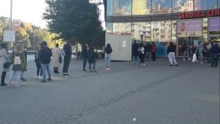 Уплаши ли се българинът, че не може да влезе в мола?