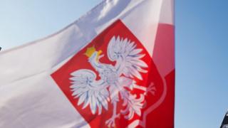 Полша евакуира посланика си от Багдад